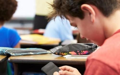 οδηγιές,Υπουργείο Παιδείας,σχολεία,κινητά,βίντεο,φωτογραφίες, laptops,tablets,μαθητές,φροντιστήρια ντόντης,φροντιστήριο θεσσαλονίκη μέσης εκπαίδευσης, 2017